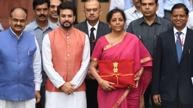 Nirmala Sitharaman Umumkan Inflasi Keuangan India