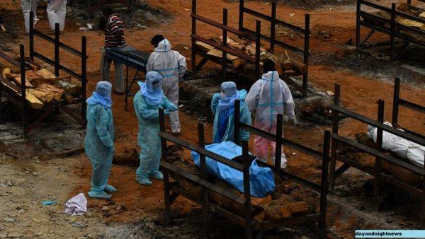 Informasi yang Salah dan Rumor Perburuk Pandemi di India